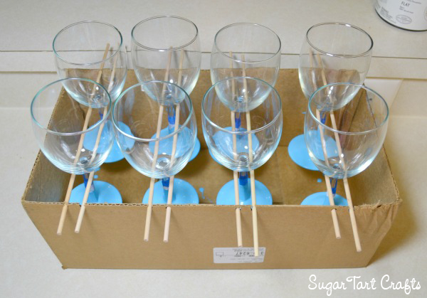 Crying rack for painted wine glasses