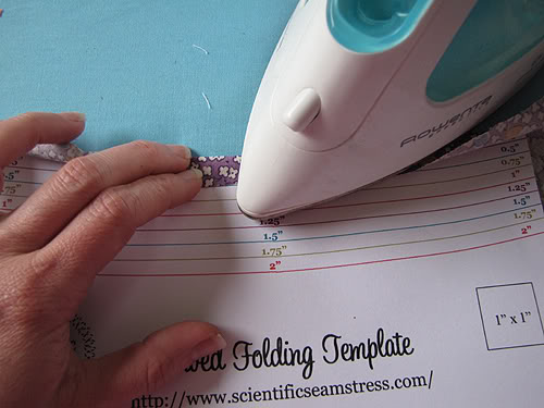 Folding template for sewing