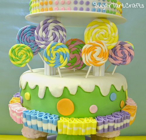 How to make lollipops and ribbon candy from fondant.