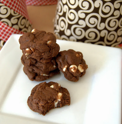 Chocolate White Chip Cookies : Maybe Matilda